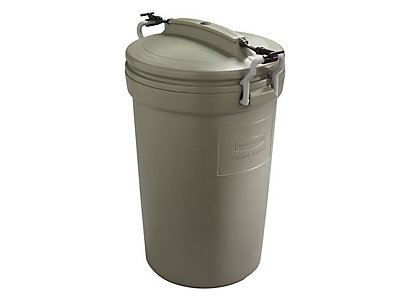 32 Gal Animal Stopper Trash Can Rubbermaid