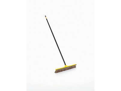 X202_Driveway_Applicator_with_Handle_CC