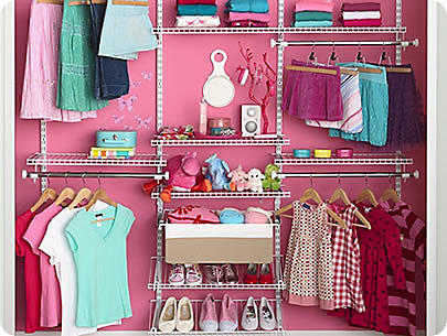 Wall Eye: Everything Is Visible, Accessible And Attractive In The Girlsu0027  Shared Closet.