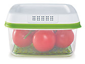 Rubbermaid FreshWorks 11.1 Cup Large Square Produce Saver